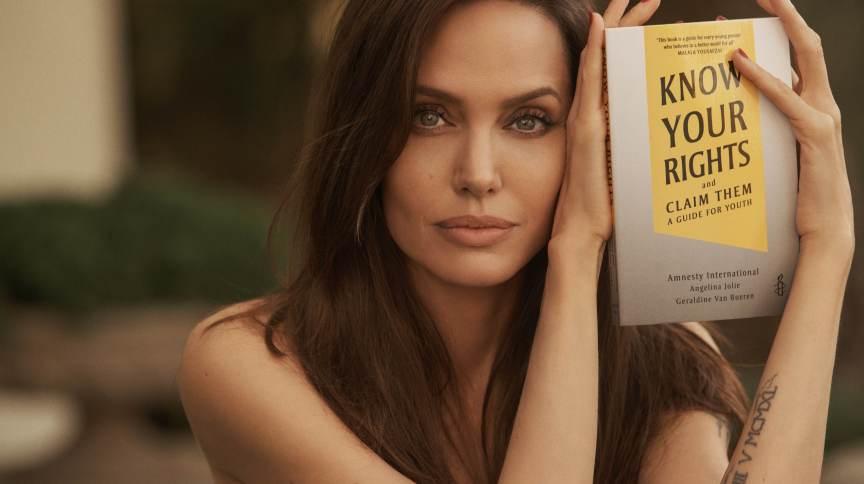 Angelina Jolie espera que novo livro incentive crianças a lutar por direitos