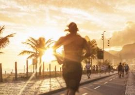 Atividades físicas regulares contribuem para reforçar a saúde cardíaca e podem ajudar a prevenir o desenvolvimento de doenças cardiovasculares