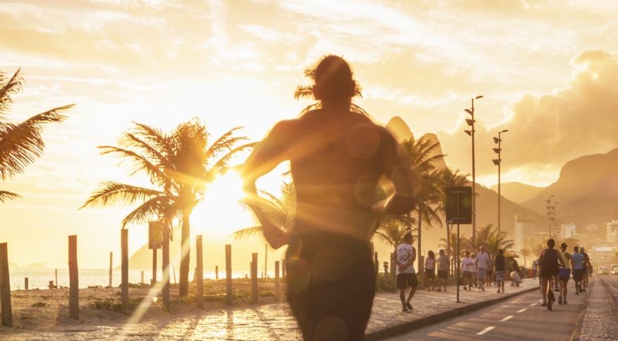 A corrida e a caminhada ajudam o coração e podem ser alternadas