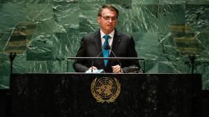 Bolsonaro entendeu que conflito poderia inviabilizá-lo em 2022, diz especialista