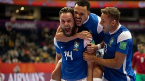 Brasil derrota o Marrocos e vai à semifinal da Copa do Mundo de futsal