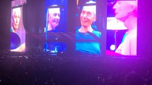 Rolling Stones homenageia Charlie Watts em primeiro show de nova turnê