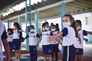 MEC não coordenou educação durante a pandemia de Covid-19, diz Cláudia Costin