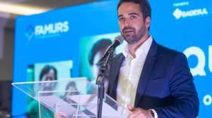 'Não sou candidato a mito ou a salvador da pátria', diz Eduardo Leite