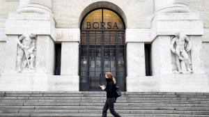 Bolsas da Europa fecham em queda, com ajuste e novos temores sobre a Evergrande