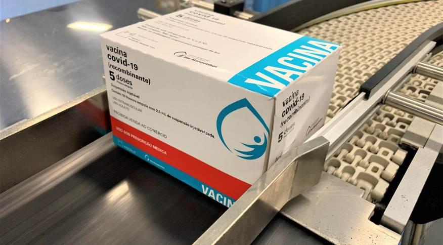 Fiocruz demora dois meses para bater meta de 100 milhões de doses entregues da vacina AstraZeneca contra a Covid-19