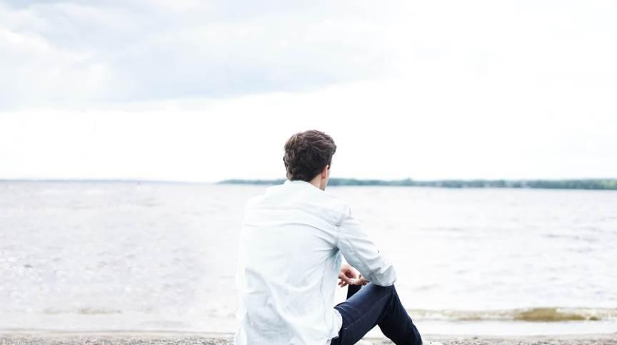 Covid-19 pode causar alterações hormonais e inflamação nos testículos, segundo estudo