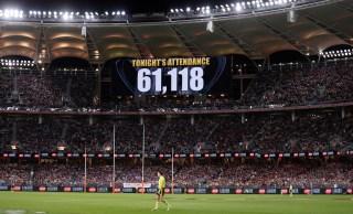 Partida do campeonato de futebol na Austrália é o equivalente ao NFL Superbowl; mais de 3 milhões de pessoas assistiram ao jogo
