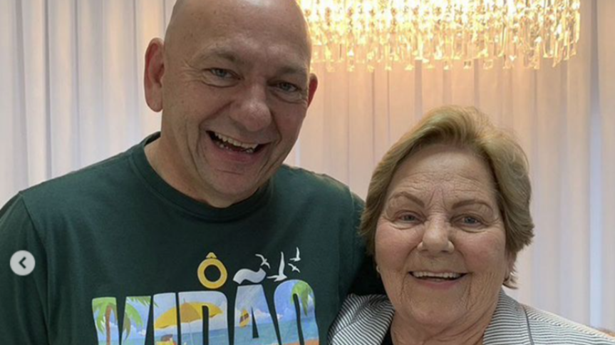 Empresário Luciano Hang e sua mãe