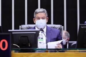 Governo deveria ter enfrentado de frente, diz Lira sobre teto de gastos