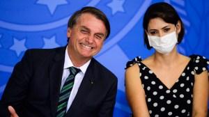 Governo confirma que Michelle Bolsonaro tomou vacina contra a Covid-19 nos EUA