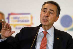 Ministro Luís Roberto Roberto diz que houve instituições brasileiras demonstraram maturidade