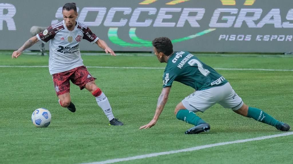 Flamengo e Palmeiras se enfrentaram em São Paulo