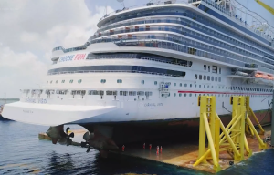 Veja como um grande navio de cruzeiro pode ser rebocado em alto mar