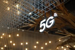 5G: Anatel prevê R$ 10 bi de arrecadação e R$ 50 bi de investimentos com leilão