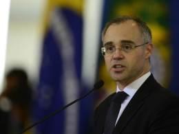 Alessandro Vieira e Jorge Kajuru argumentam que Davi Alcolumbre, presidente da CCJ, se recusa a marcar a sabatina de André Mendonça, indicado do presidente Jair Bolsonaro ao STF