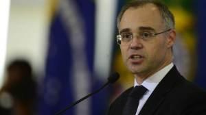 Senadores acionam STF para tentar obrigar sabatina de André Mendonça