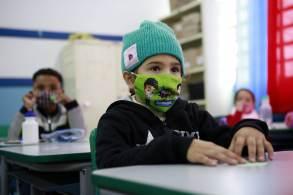 Ana Escobar afirmou à CNN que escolas preservam mais os cuidados para evitar infecções pela doença