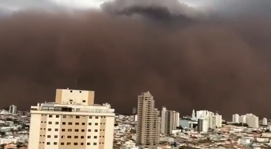"""""""Tempestade de Areia"""" atingiu norte e nordeste de São Paulo e o Triângulo Mineiro"""