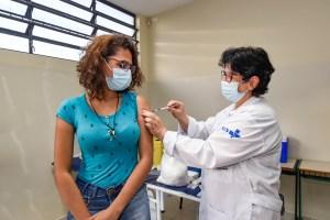 São Paulo ultrapassa 70% da população adulta vacinada com as duas doses