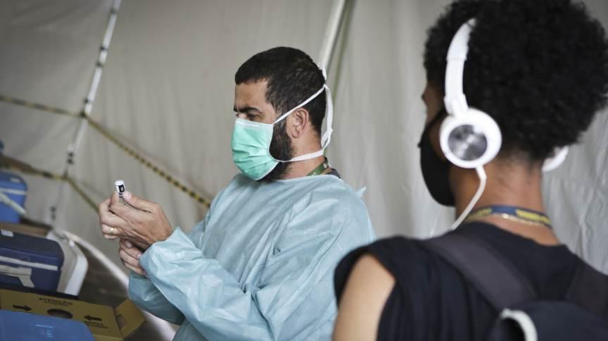 Em agosto, 2.500 municípios brasileiros não registraram mortes em decorrência da infecção pelo novo coronavírus