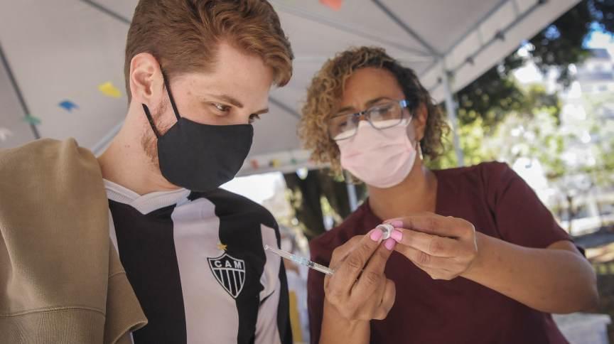 Vacinação contra a Covid-19 no Distrito Federal (DF)