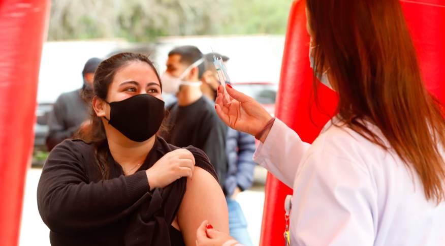 Vacinação contra a Covid-19 em Porto Alegre (RS)