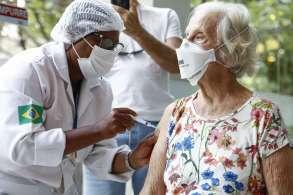 Na capital fluminense, 93.990 moradores não compareceram aos postos de saúde para receber a primeira dose contra a Covid-19