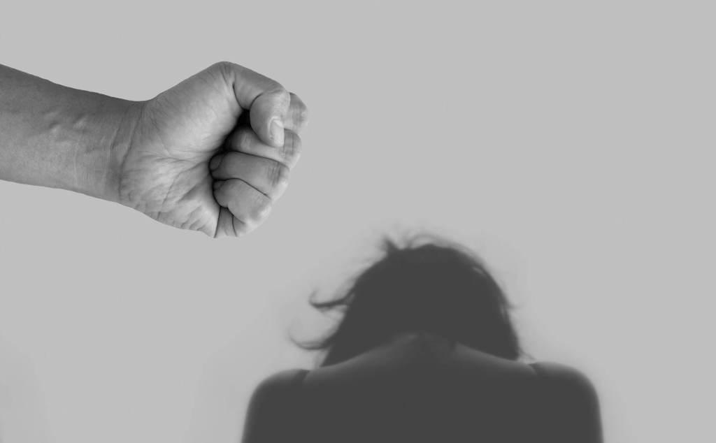 Governador de SP sanciona lei que obriga condomínios a relatarem casos de violência
