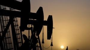 Produção de petróleo do país fica quase estável em setembro