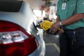 Brasil tem gasolina a R$ 7,49 e botijão de gás por R$ 135,00