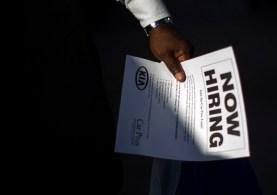 Análise de dados sugere que os trabalhadores continuam retornando aos seus locais de trabalho, segundo economistas