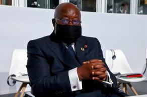 Presidente de Gana criticou as potências globais por não compartilharem vacinas de maneira equitativa