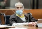Herdeiro imobiliário condenado por assassinato, Robert Durst, está com Covid-19