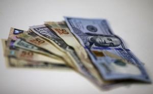 Necton eleva projeção de dólar a R$5,55 em 2021 após pressão em teto de gastos
