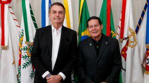 TSE julga ações que pedem a cassação da chapa Bolsonaro-Mourão nesta terça