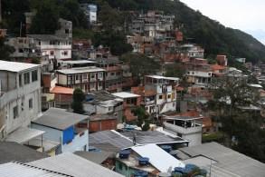 Iniciativa pioneira de geração compartilhada irá beneficiar mais de 30 famílias das comunidades da Babilônia e Chapéu Mangueira, no Leme