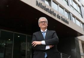 Doses devem chegar em novembro, diz António Sales, secretário de Estado Adjunto e da Saúde de Portugal, país que tem 85% da população imunizada