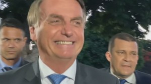 Bolsonaro minimiza impacto do relatório de Renan na CPI