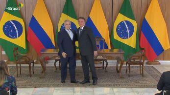 Presidente da Colômbia está em Brasília e se reuniu com Bolsonaro nesta terça-feira (19) no Palácio do Planalto