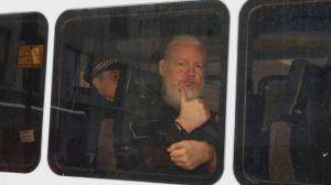 EUA tentam mais uma vez extradição de Julian Assange