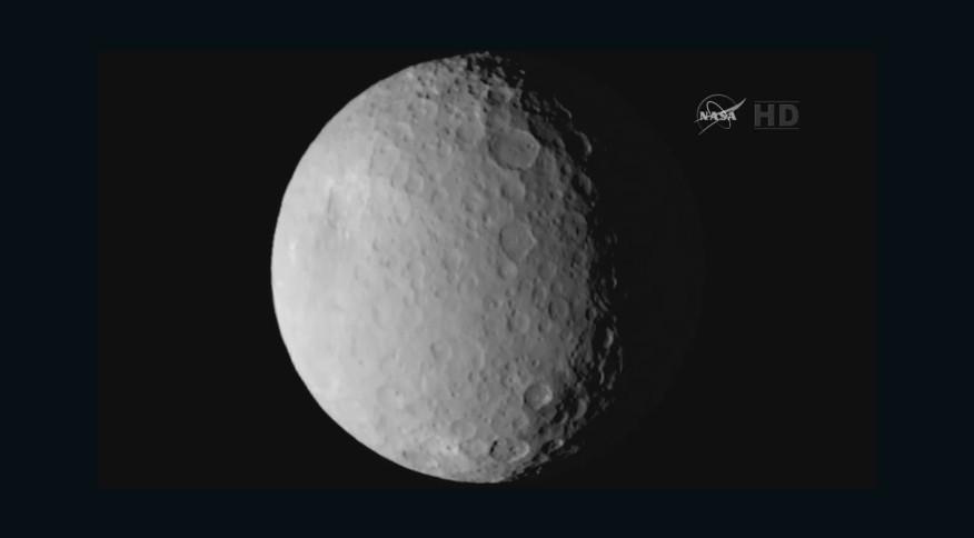 O asteroide Ceres, que orbita o cinturão principal