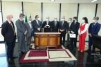 Senadores entregam relatório final da CPI da Pandemia à PGR e ao STF