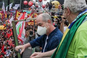 Entre as várias lideranças políticas presentes no ato contra Bolsonaro em São Paulo, Ciro foi alvo de vaias durante o seu discurso