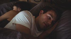 Quantidade ideal de sono ajuda a manter cérebro 'afiado', diz estudo