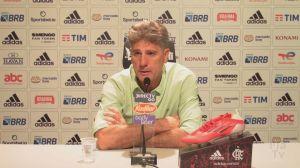 Torcida do Flamengo xinga Renato Gaúcho e pede volta de Jorge Jesus