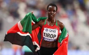 """Atleta de 25 anos havia batido recorde mundial recentemente e foi descrita como uma """"joia"""" pela associação de atletismo do Quênia"""