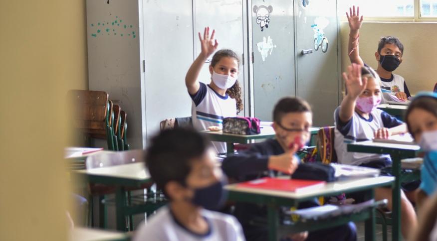 Segundo levantamento da FGV, 5,5% das crianças estavam fora da escola em 2020