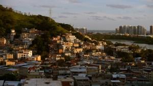 Em três anos milicianos desmatam 497 campos de futebol em áreas ambientais no Rio
