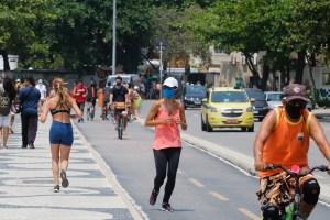 Rio pode liberar máscaras em locais abertos dentro de uma semana, diz secretário